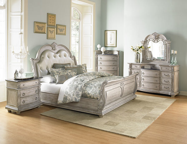 Homelegance Palace II 4 Piece Bedroom Set No Thanks / No Thanks / White  Glove Delivery [+$179]