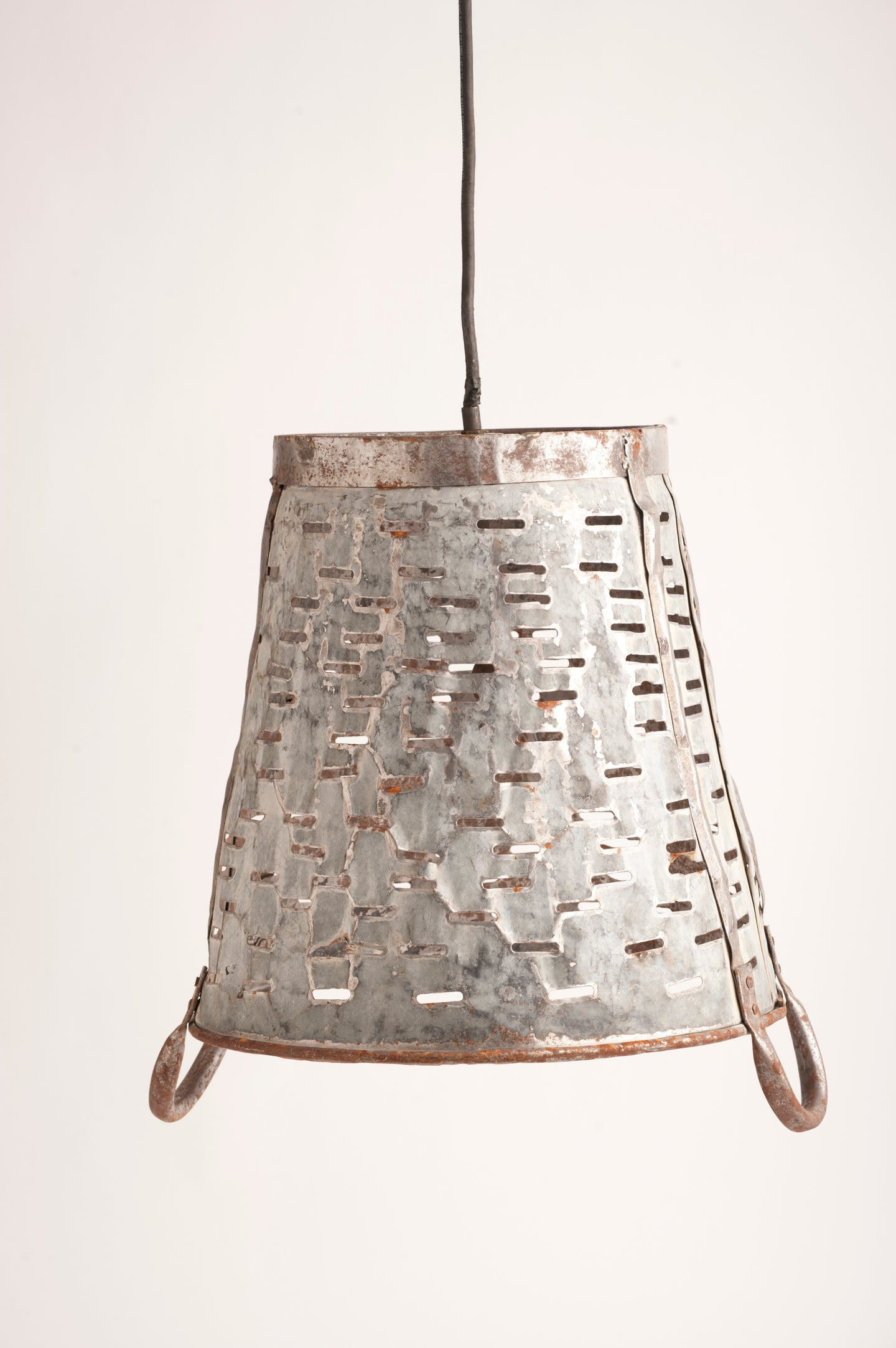 Hanging Olive Bucket Ceiling Light (UL Listed)