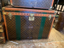 Load image into Gallery viewer, Louis Vuitton Trunks