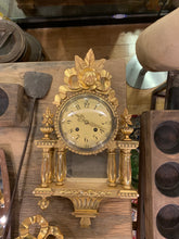 Load image into Gallery viewer, Vintage Victorian Style Wall Clock