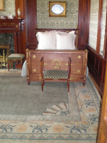 Reproduction period carpet