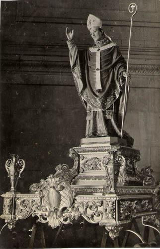 Saint Pope on Platform