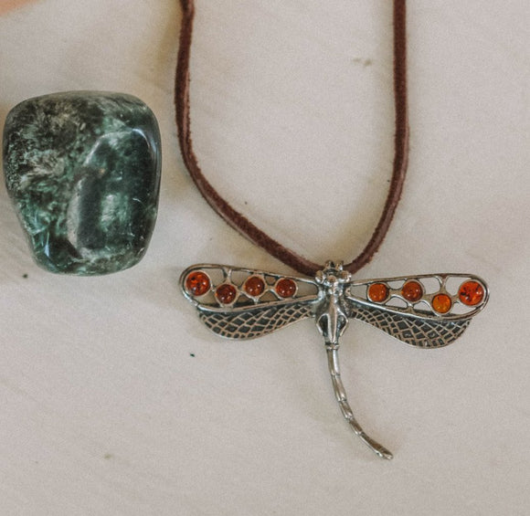 Amber Bubbly Dragonfly pendant