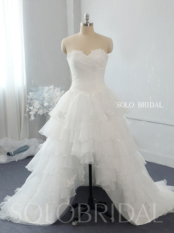 Ivory sweetheart strapless Asymmetrical organza wedding dress 724A2726