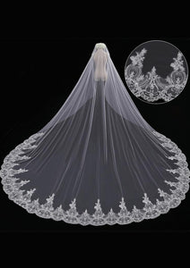 Elegant Cathedral Wedding Veil with Lace from Midway