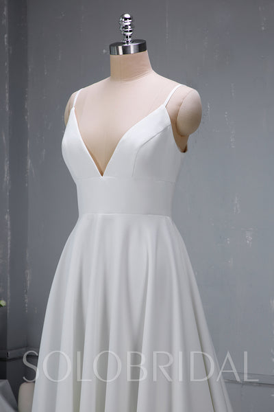Chic Crepe Satin Wedding Dress with Open Neckline