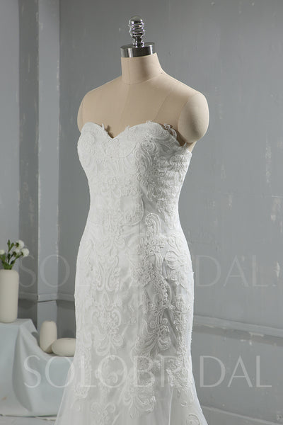 Lace Sweetheart Strapless Wedding Dress
