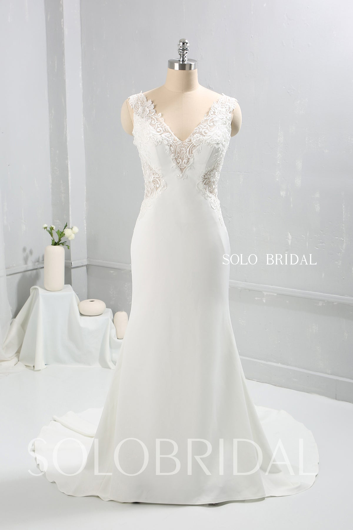 Ivory Crepe Sheath Fitted Wedding Dress