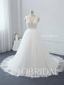Light Ivory Plunge V Neck Wedding Dress with Court Train