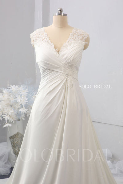 A Line High Waist Pregnant Bride Wedding Dress with Chapel Train