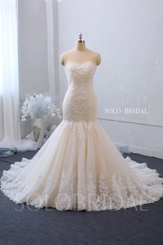 Fit and Flare Boat Neckline Wedding Dress with Chapel Train
