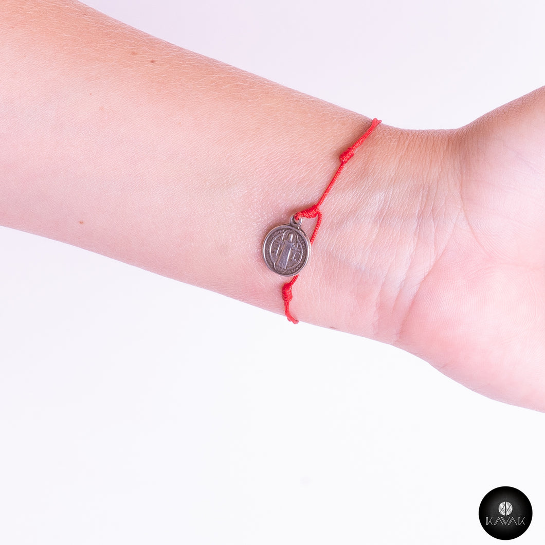 Red Saint Benedict Thread - kavakbrand, handmade jewelry, fashion, jewelry for women, jewelry for men, unique jewelry, custom jewelry, jewelry designer, jewelry