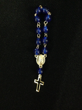 Load image into Gallery viewer, Rosary - Small - F68