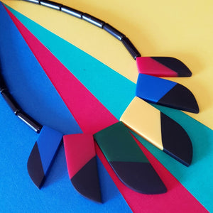 80's bakelite inspired resin inlay necklace