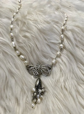 KB Fresh Water Pearl Bow Necklace