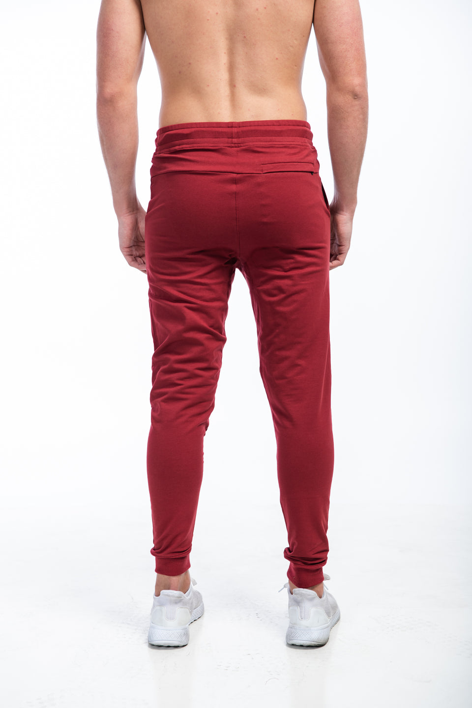 LEGACY JOGGERS - SCARLET