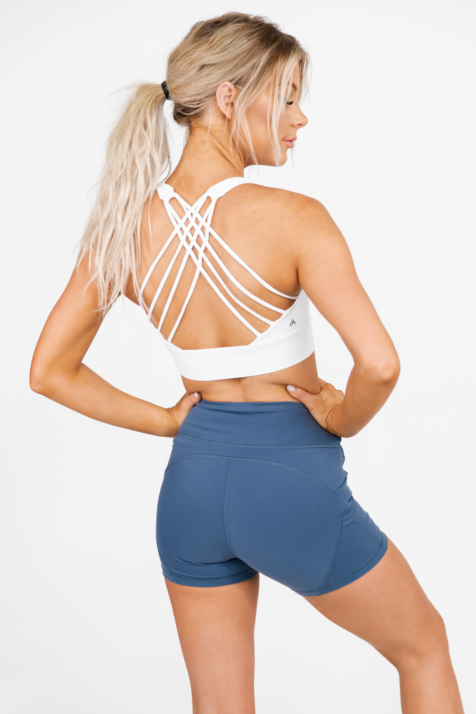 SWIFT SPORTS BRA - FROST