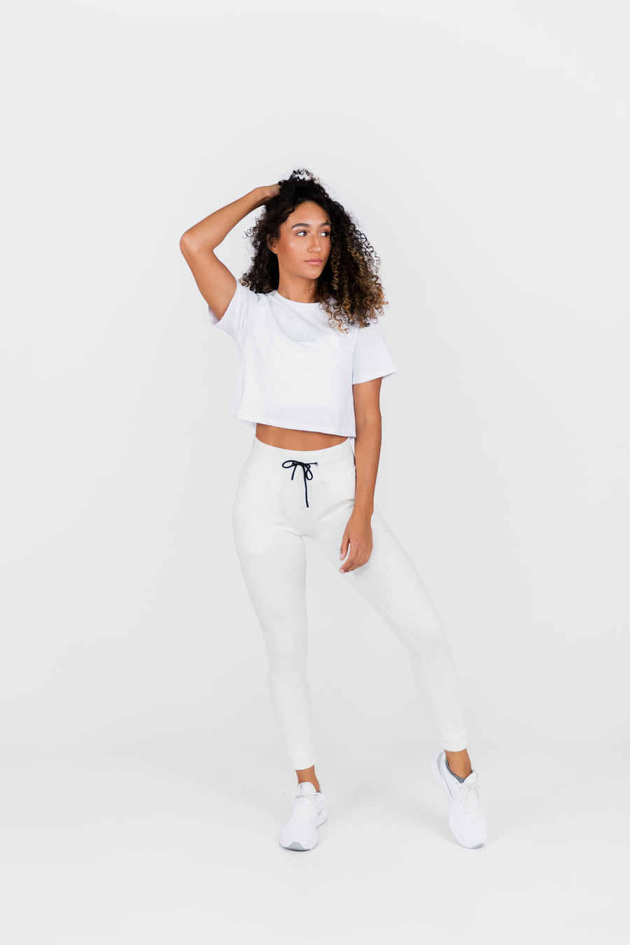 STATEMENT CROP TEE - FROST
