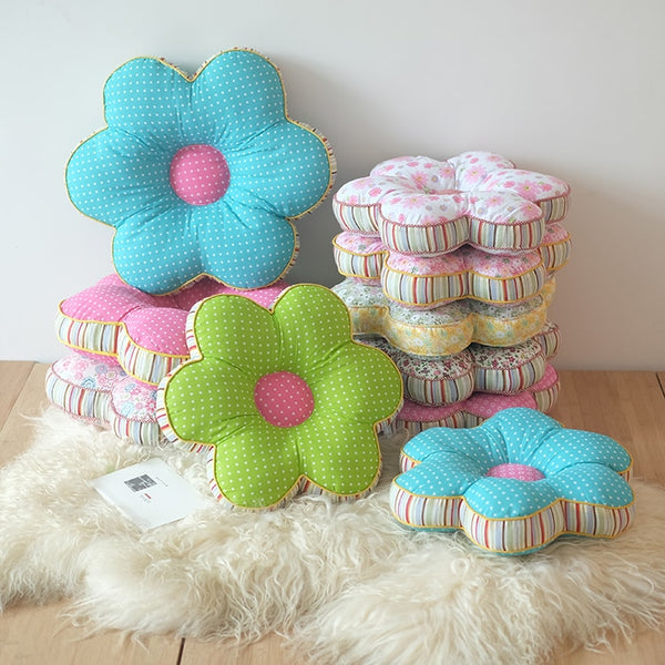 Flower Shape Throw Pillows