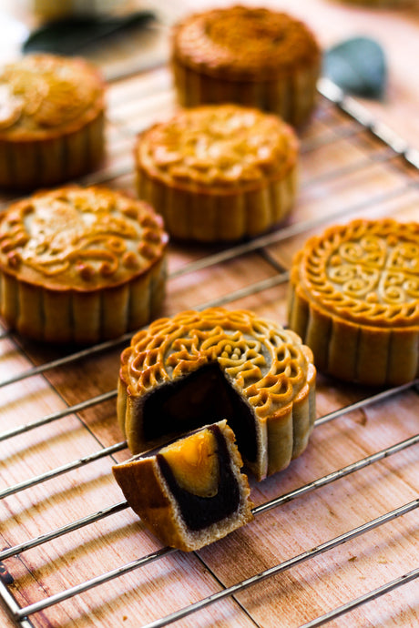 Mid Autumn Festival & Mooncakes