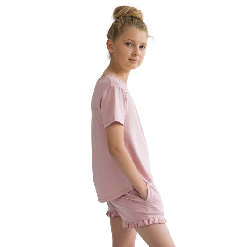 teen-girls-pyjamas-pink-shorts-and-top