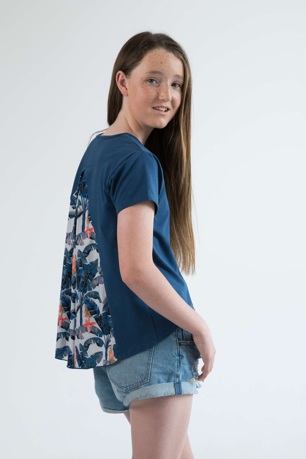 tween clothing girls top t-shirt blue banana leaf palms side