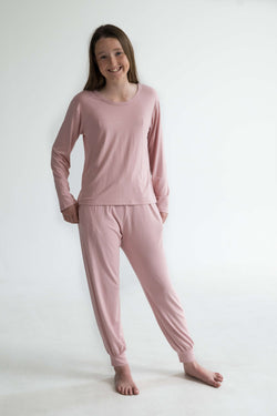 tween teen girls pyjamas pink long sleeve sleep tee front super soft
