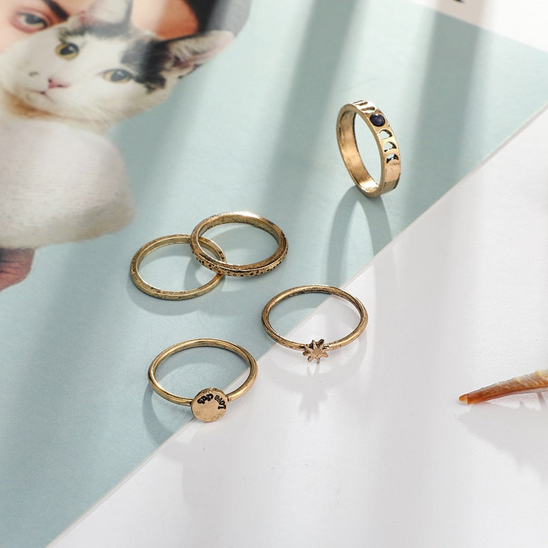 Gold Star Hollow Rings Set