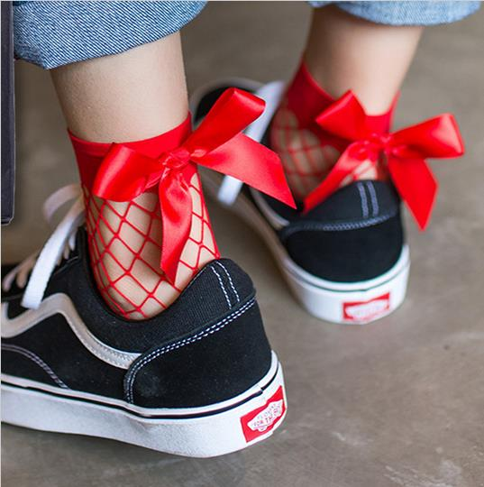 Fishnet Bow Ankle Socks