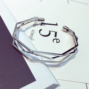 Three silver layered bangle with edges