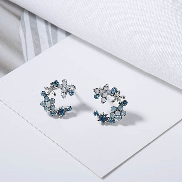 Floral Temperament Stud Earrings