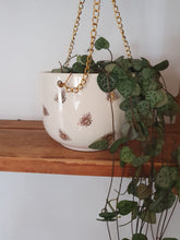 Load image into Gallery viewer, Sass and Belle Queen Bee Hanging Plant Pot