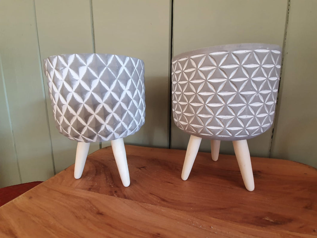 Grey Spotted Tripod Plant Pot on wooden legs - 15.5cm