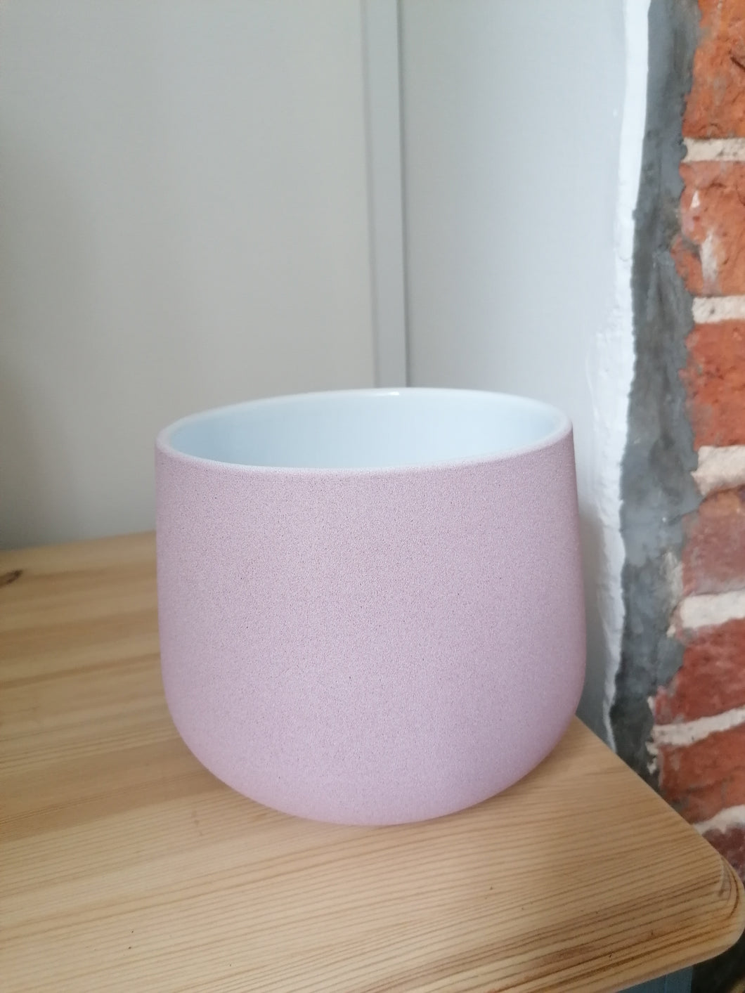 Baby pink Berlin indoor plant pot 14.5cm