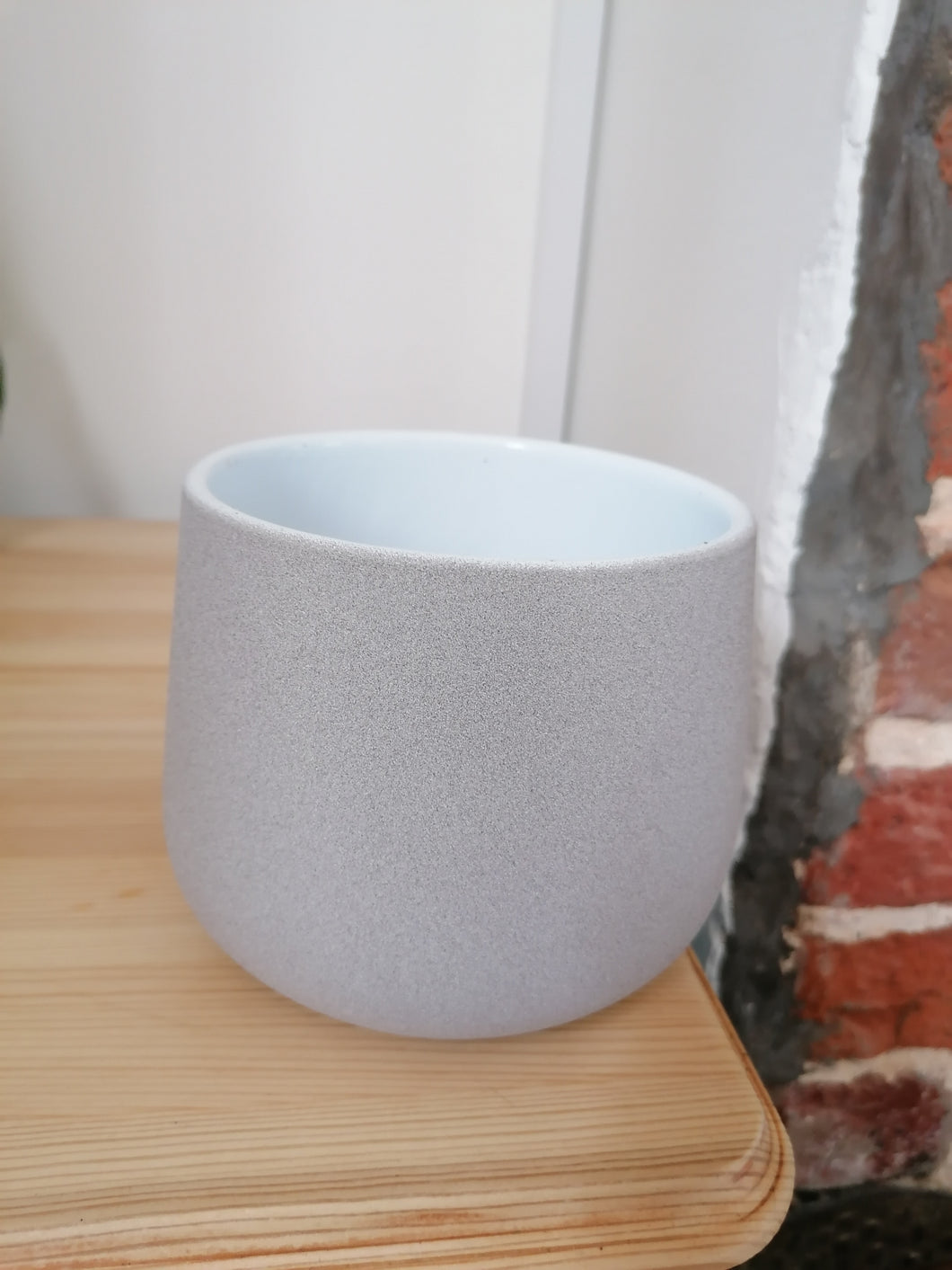 Taupe stone Berlin 12cm indoor plant pot