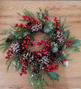 Gisela Graham Red Berry Cone/Fir wreath with frosting