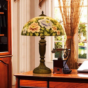 Roses hand-painted stained glass table lamp