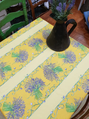 Yellow lavender French tablecloth