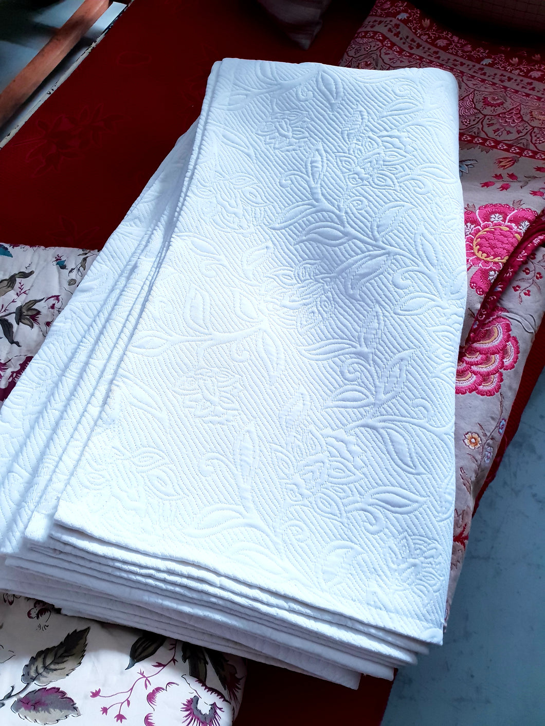 French pique Bed cover