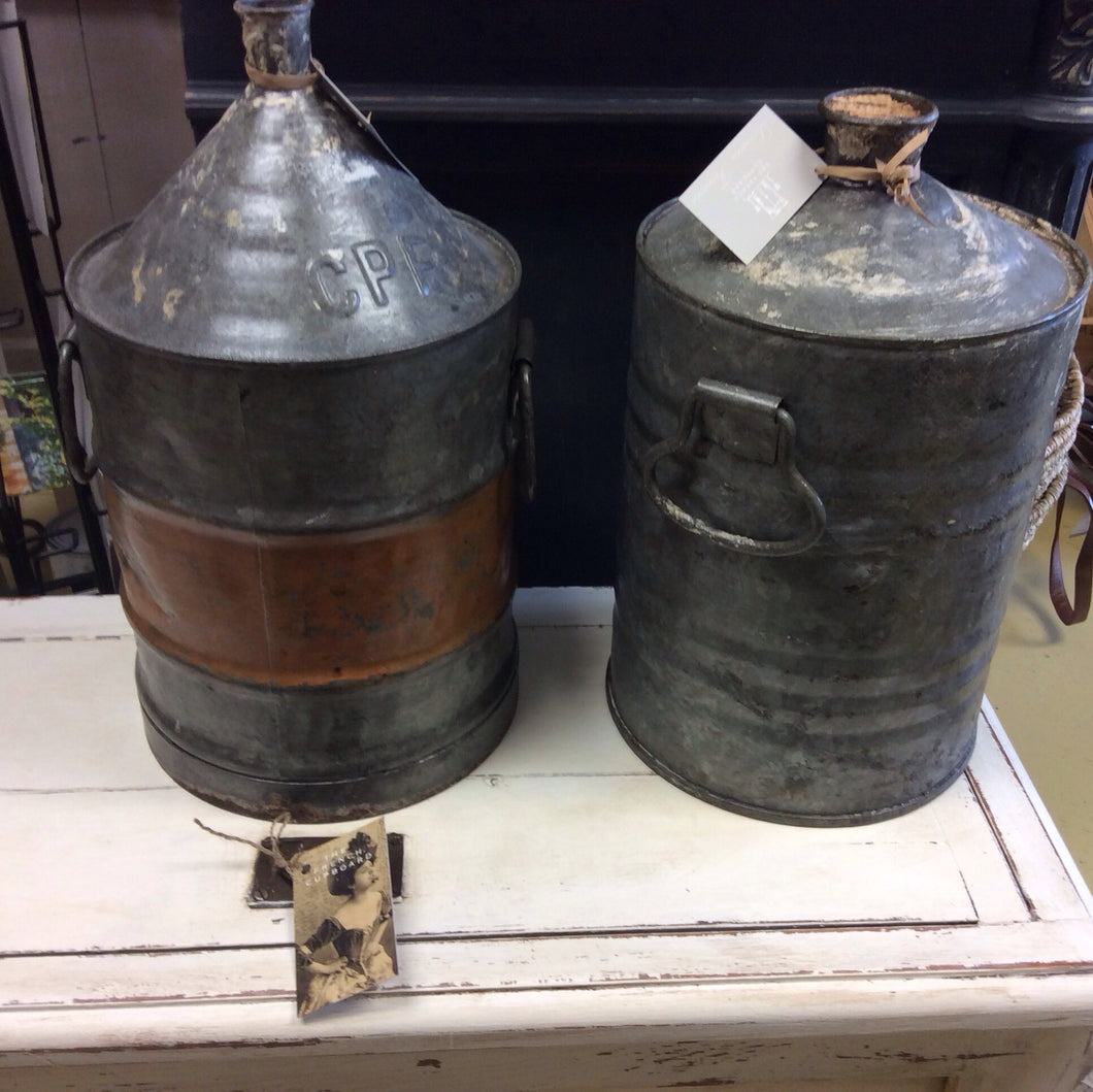 Old Metal Canisters France