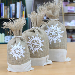 1 x Danish Pouch Set of 3 - White & Snowflake