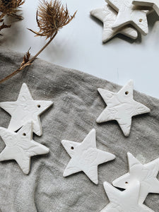 White stars with patterns - set of 3