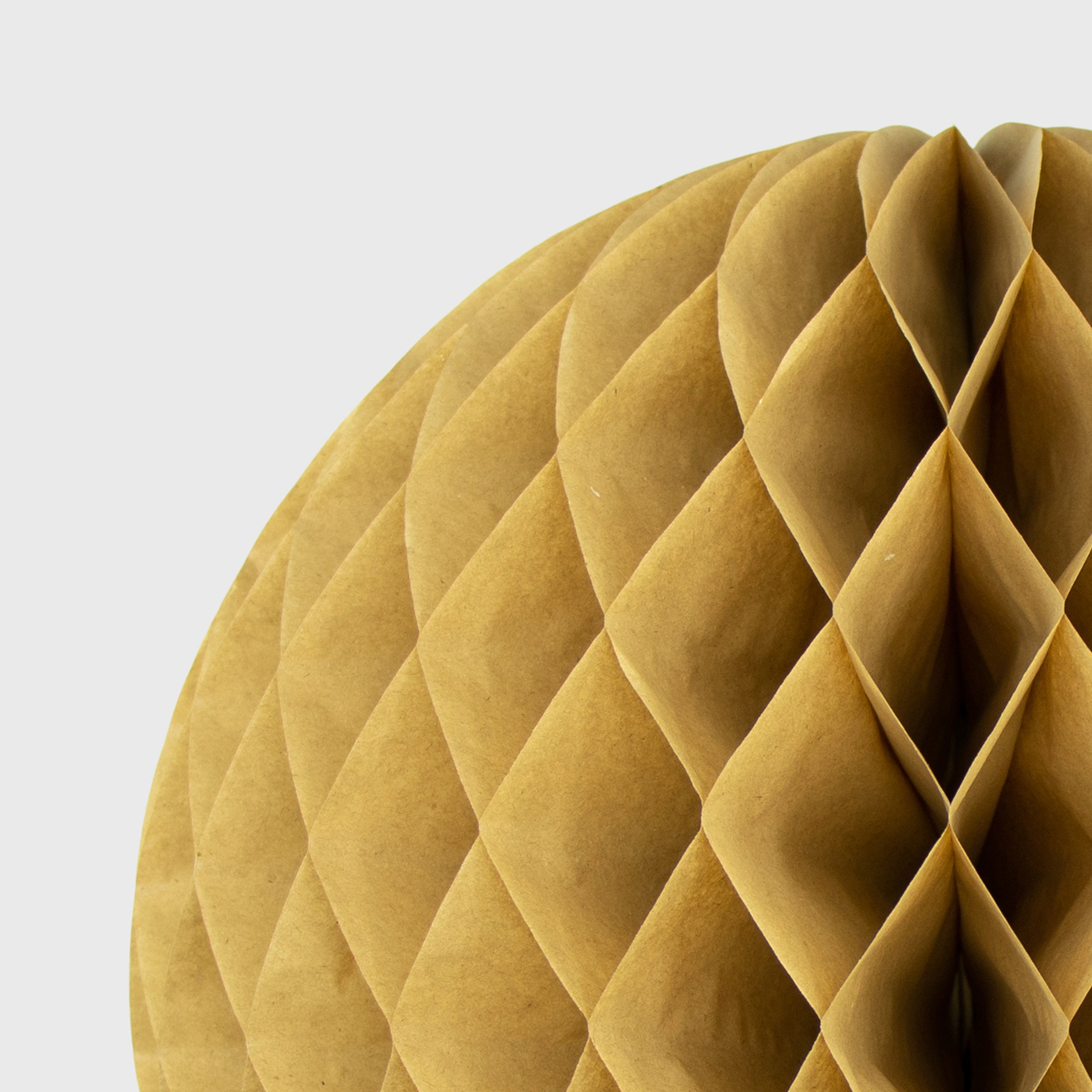Honeycomb Ball, Kraft
