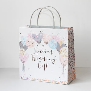 Wedding gift bag with pretty heart balloons