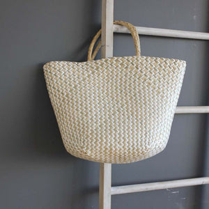 Summery Seagrass Beach Bag with zigzag pattern