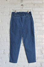 Load image into Gallery viewer, PRE-ORDER Cinched Straight-leg Pants