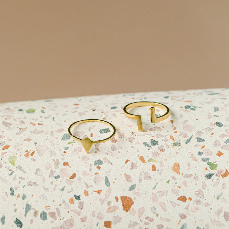 prysm-ring-teagan-gold-montreal-canada