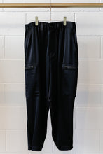 Load image into Gallery viewer, Y-3 W CH3 Tech Silk Cargo Pants - Black