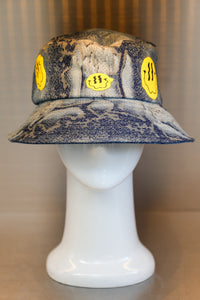 XXXSCOFF Snake skin patten Smile Fire printing bucket hat-Multi