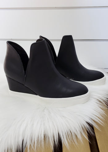 MIA Kate Black Wedge Sneaker
